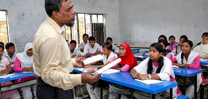 Effects of Teacher Training on Secondary Teachers' Mathematical Content Knowledge in Dhaka, Bangladesh
