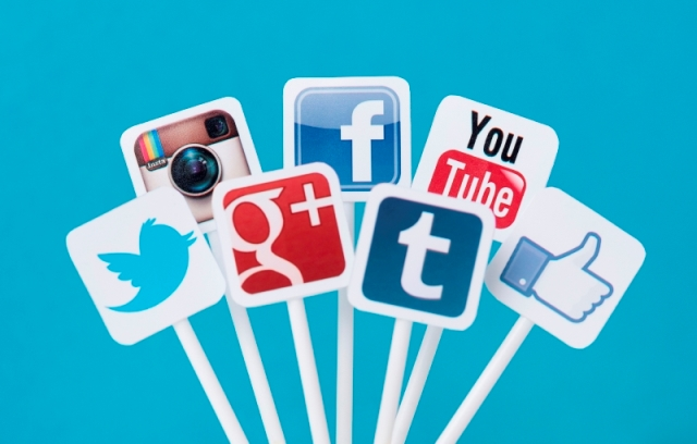The Impact Of Social Networks On Maximizing The Competitive Value Of