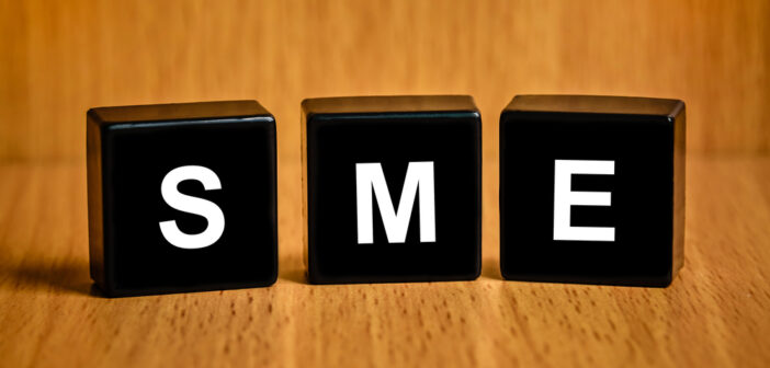 The Impact of External Integration and Internal Integration to Product Innovation and Competitive Advantage on Small and Medium Enterprises (SMEs)